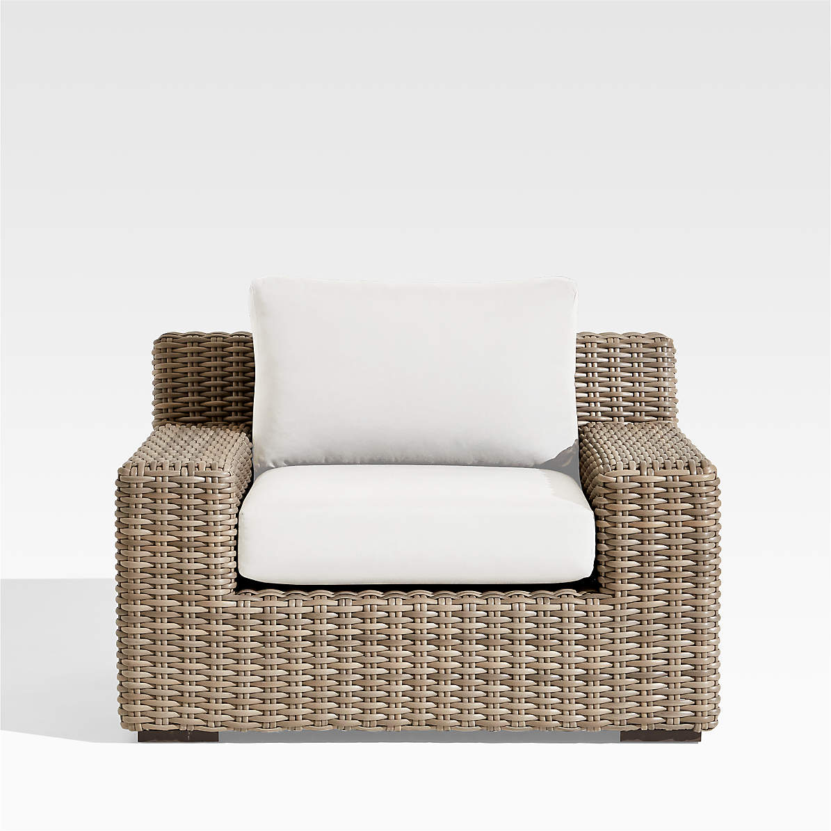 Abaco Outdoor Lounge Chair With White, White Outdoor Lounge Chair Cushions