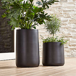 Vintage Clay Planter,- Indoor Garden indoor flower pot # 40 Vintage heavy clay Pot Decorative Planter Pansy Flower Pot