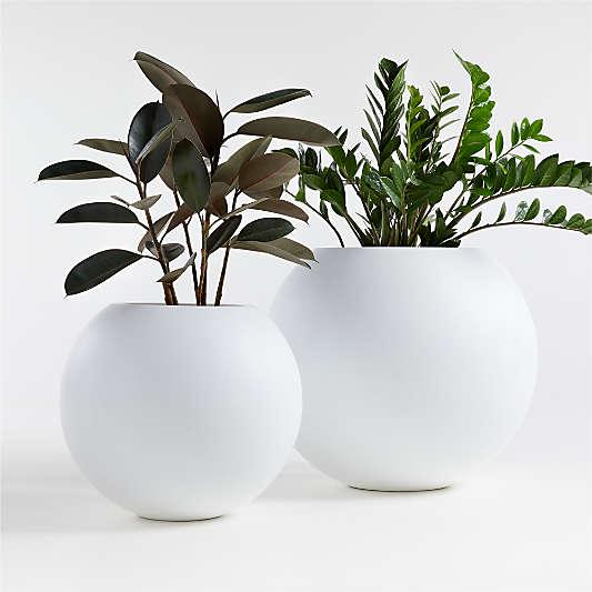 Sphere White Indoor/Outdoor Planters